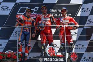 Podium : le vainqueur Danilo Petrucci, Ducati Team, le deuxième Marc Marquez, Repsol Honda Team, le troisième Andrea Dovizioso, Ducati Team