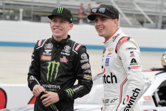 Riley Herbst, Joe Gibbs Racing, Toyota Supra Monster Energy, Noah Gragson, JR Motorsports, Chevrolet Camaro Switch
