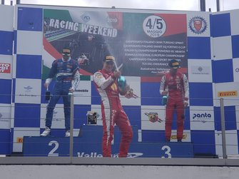 Pódio da corrida 1 da F4 Italiana em Vallelunga