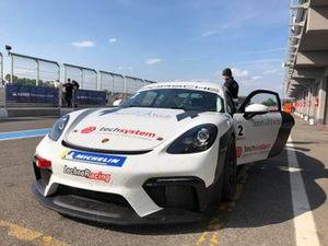 Mateusz Kaprzyk, Porsche Cayman GT4