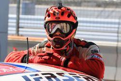 AF Corse Ferrari mechanic