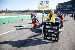 Grid girl of Timo Scheider, Audi Sport Team Phoenix, Audi RS 5 DTM.