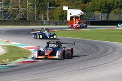 Walter Margelli, Nannini Racing, Norma-M20F-CN2 precede Davide Uboldi, Eurointernational, Ligier JS