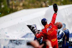 Podium : le vainqueur Lucas di Grassi, ABT Schaeffler Audi Sport