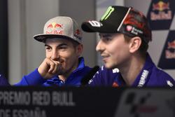 Maverick Viñales, Team Suzuki MotoGP; Jorge Lorenzo, Yamaha Factory Racing