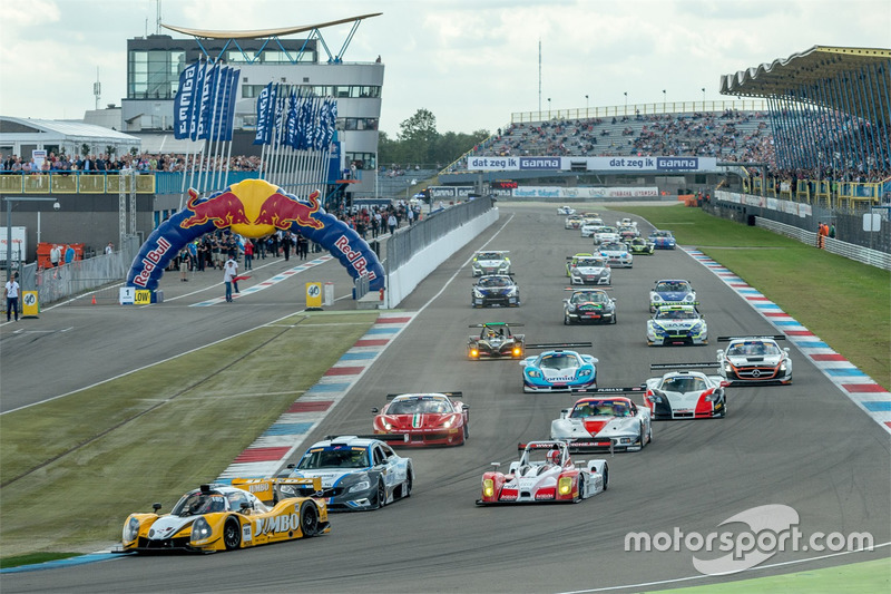 Start van de Supercar Challenge