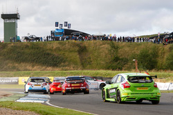 Race action with #116 Ashley Sutton, MG Racing RCIB Insurance; Stewart Lines, Maximum Motorsport