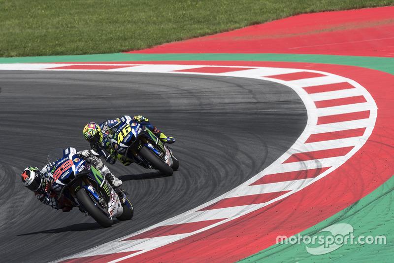 Jorge Lorenzo, Yamaha, und Valentino Rossi, Yamaha