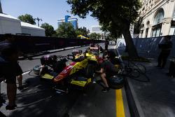 Pertamina Campos Racing practice a pitstop