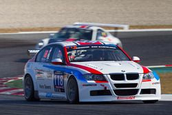 #118 MDM Motorsport, BMW 320D: Mark Bus, Simon Knap, Rob Severs, Bas van de Ven