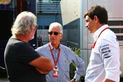 Flavio Briatore; Piero Ferrari, Ferrari-Vizepräsident; Toto Wolff, Mercedes-Motorsportchef