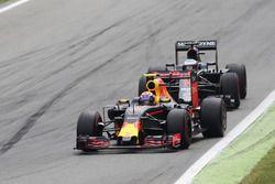 Max Verstappen (NLD) Red Bull Racing RB12