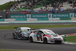 Roberto Colciago, Honda Civic TCR, Target Competition and Dusan Borkovic, Seat Leon, B3 Racing Team Hungary