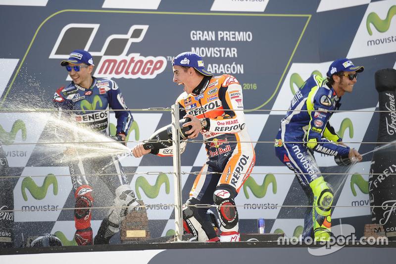 Le podium du GP d'Aragón 2016 : Marc Márquez, Jorge Lorenzo, Valentino Rossi