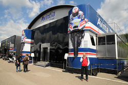 Le motorhome du team Avintia Racing