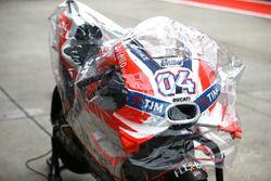 andrea Dovizioso, Ducati Team bike with rain cover