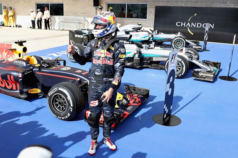 المركز الثالث دانيال ريكاردو، ريد بُل