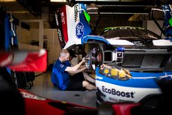 Mechaniker: #66 Ford Chip Ganassi Racing Team UK, Ford GT: Olivier Pla, Stefan Mücke