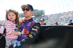 Denny Hamlin, Joe Gibbs Racing Toyota con su hija