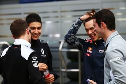 Stoffel Vandoorne, pilote d'essais et de réserve McLaren, Esteban Ocon, pilote d'essais Renault Sport F1 Team, Pierre Gasly, troisième pilote Red Bull et Alexander Rossi, pilote de réserve Manor Racing