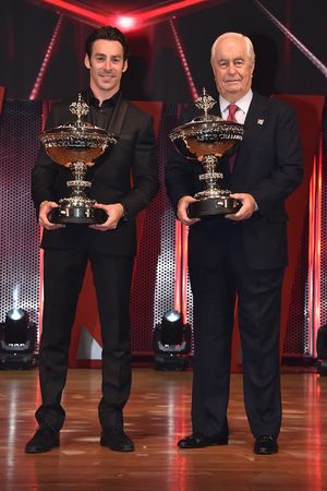 Le Champion Simon Pagenaud, Team Penske Chevrolet avec Roger Penske