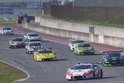 #666 Vincenzo Sospiri Racing Srl. Lamborghini Huracan Super Trofeo: Jia Tong Liang, Jaap Bartels, Daniel Mancinelli, Jacopo Faccioni