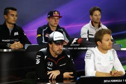Fernando Alonso, McLaren lors de la conférence de presse de la FIA