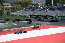 Keyvan Andres, Carlin Motorsport runs out