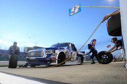 William Byron, Kyle Busch Motorsports Toyota pit action