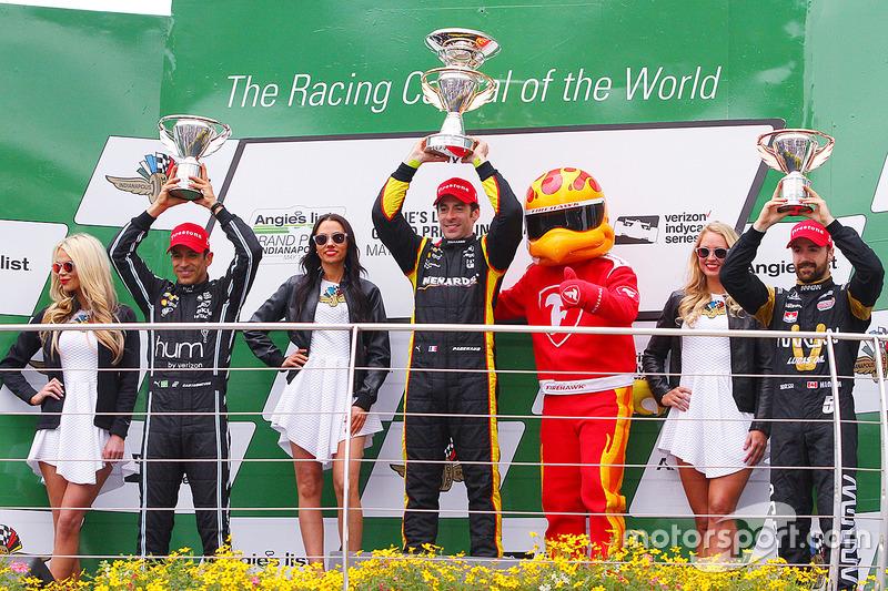 GP d'Indy, victoire avec les couleurs Menards