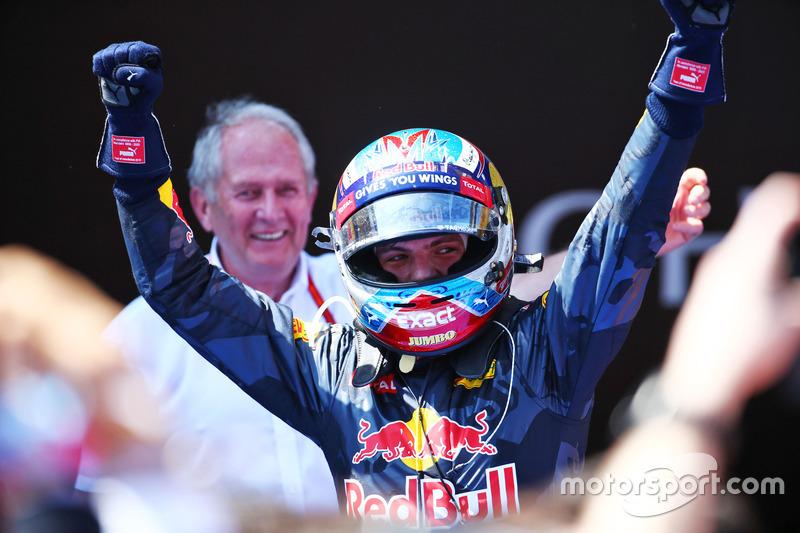 Em 2016, Max Verstappen se tornou o vencedor mais jovem da F1 no GP da Espanha com 18 anos e 228 dias.