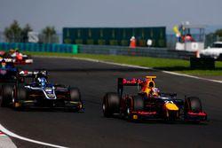 Pierre Gasly, PREMA, Racing leads Raffaele Marciello, RUSSIAN TIME