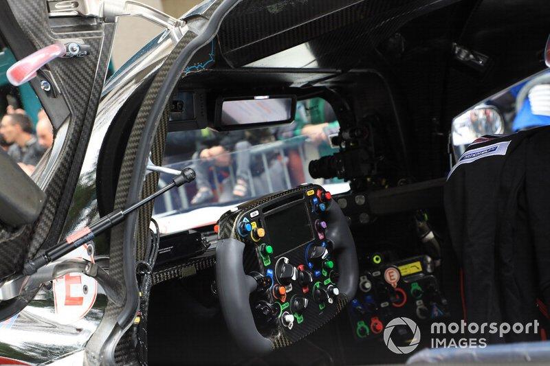 #7 Toyota Gazoo Racing Toyota TS050 steering wheel