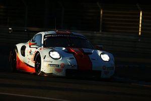 #86 Gulf Racing Porsche 911 RSR: Michael Wainwright, Benjamin Barker, Thomas Preining