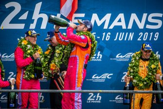 Felipe Fraga, Ben Keating e Jeroen Bleekemolen - LMGTE AM - KEATING MOTORSPORTS