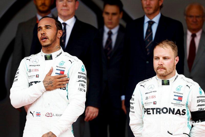 Podyum: Yarış galibi Lewis Hamilton, Mercedes AMG F1 ve 3. Valtteri Bottas, Mercedes AMG F1