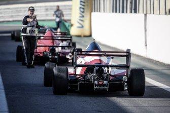 Os MG15 da F.Inter em direção a pista - imagem Rodrigo Ruiz