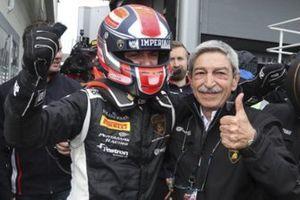 Vito Postiglione con lo zio Enzo Guarino