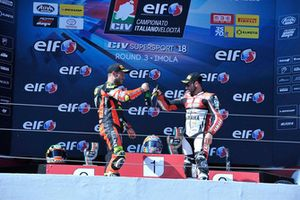 Podio Gara 1: Kevin Manfredi, Team Rosso e Nero, e Marco Bussolotti, Rosso Corsa Edard