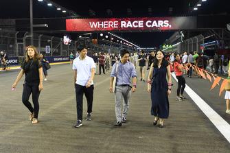 Des fans sur la piste