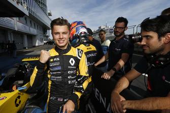 Il vincitore Max Fewtrell, R-Ace GP
