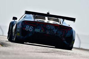 #86 Michael Shank Racing with Curb-Agajanian Acura NSX, GTD - Katherine Legge, Alvaro Parente