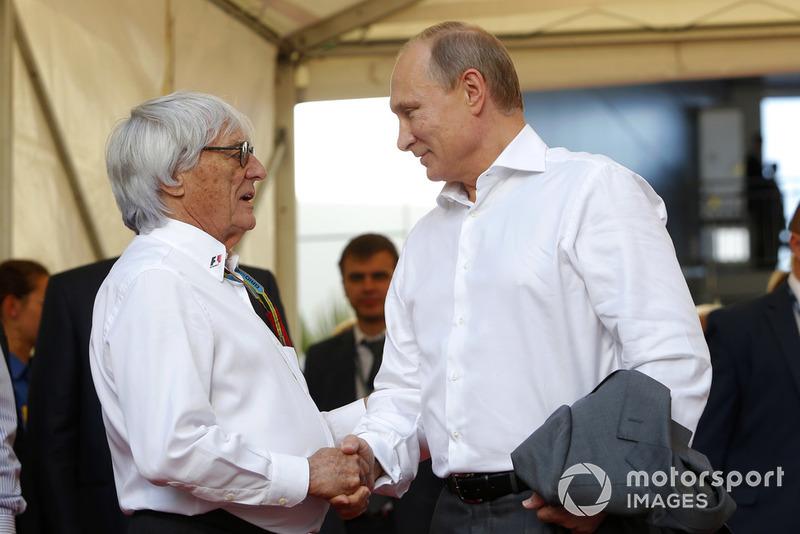 Vladimir Putin, Rusya Başkanı ve Bernie Ecclestone, CEO Formula One Group (FOM)