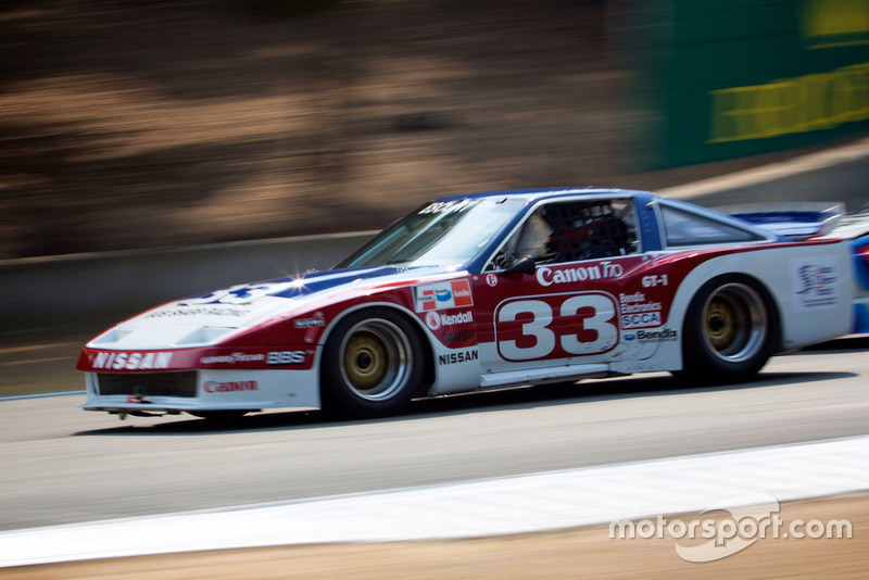 Mobil balap klasik Nissan
