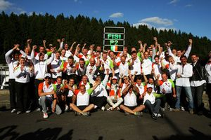Force India F1 Team celebrate second position for Giancarlo Fisichella, Force India F1