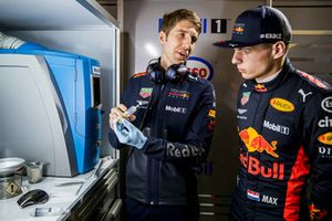 Max Verstappen, Red Bull Racing with a Red Bull Racing ExxonMobil engineer