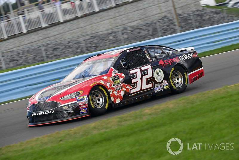 28. Matt DiBenedetto, Go FAS Racing, Ford Fusion Zynga Poker