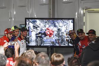 Andrea Dovizioso, Ducati Team, Valentino Rossi, Yamaha Factory Racing, Cal Crutchlow, Team LCR Honda, Drew Feustel, Marc Marquez, Repsol Honda Team, Jorge Lorenzo, Ducati Team, Alvaro Bautista, Angel Nieto Team