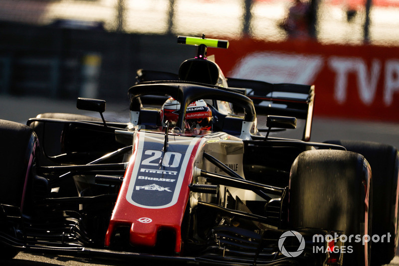 5: Kevin Magnussen, Haas F1 Team VF-18, 1'33.181