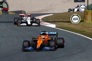 Daniel Ricciardo, McLaren MCL35M, Antonio Giovinazzi, Alfa Romeo Racing C41